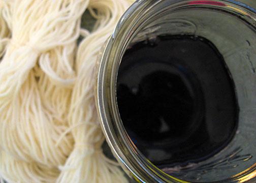 natural-dyed-yarn