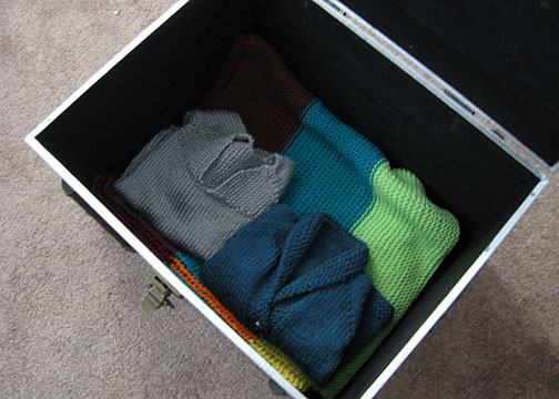 handknit_trunk2